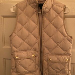 J crew off white vest with collar and pockets